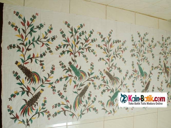 Batik Sarimbit Indah: KBM-861 » batik-sarimbit-putih-flora-fauna